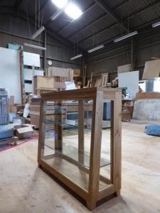 木枠ガラスケース(斜め型)