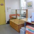 パン屋さんの販売用ガラスショーケース(埼玉県、ドレミパン)