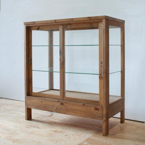 パン屋のガラスケース(木枠・引き戸)