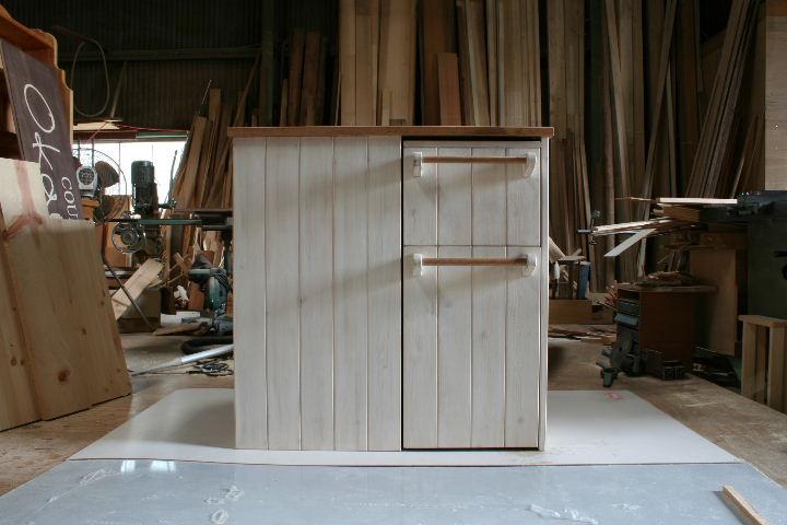 ワゴン収納式キッチンカウンター・正面