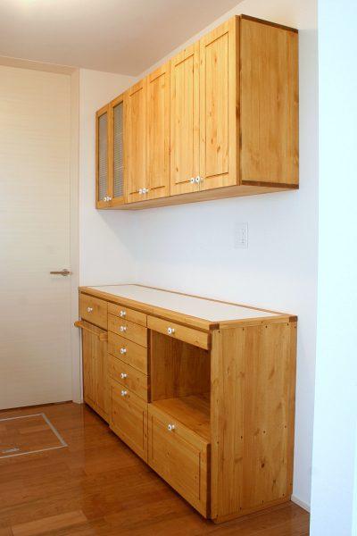 キッチンカウンター&吊り戸棚、その3
