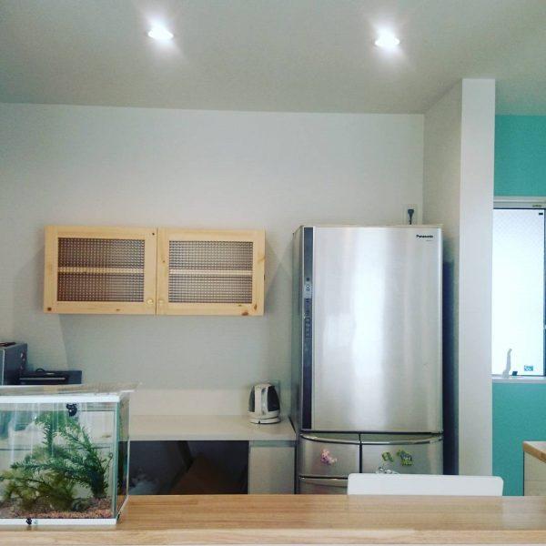 チェッカーガラスのキッチンミニ吊り戸100cm/okamoku