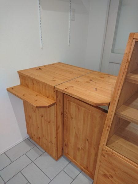 レジ台と跳ね上げ天板(パン屋さん用オーダー家具)